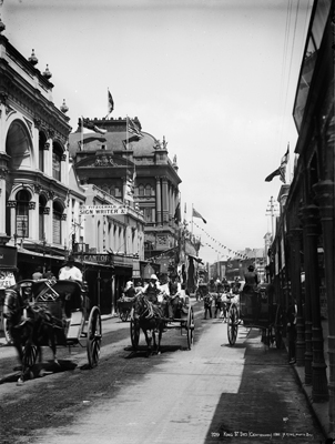 King Street, Sydney, looking east from George Street